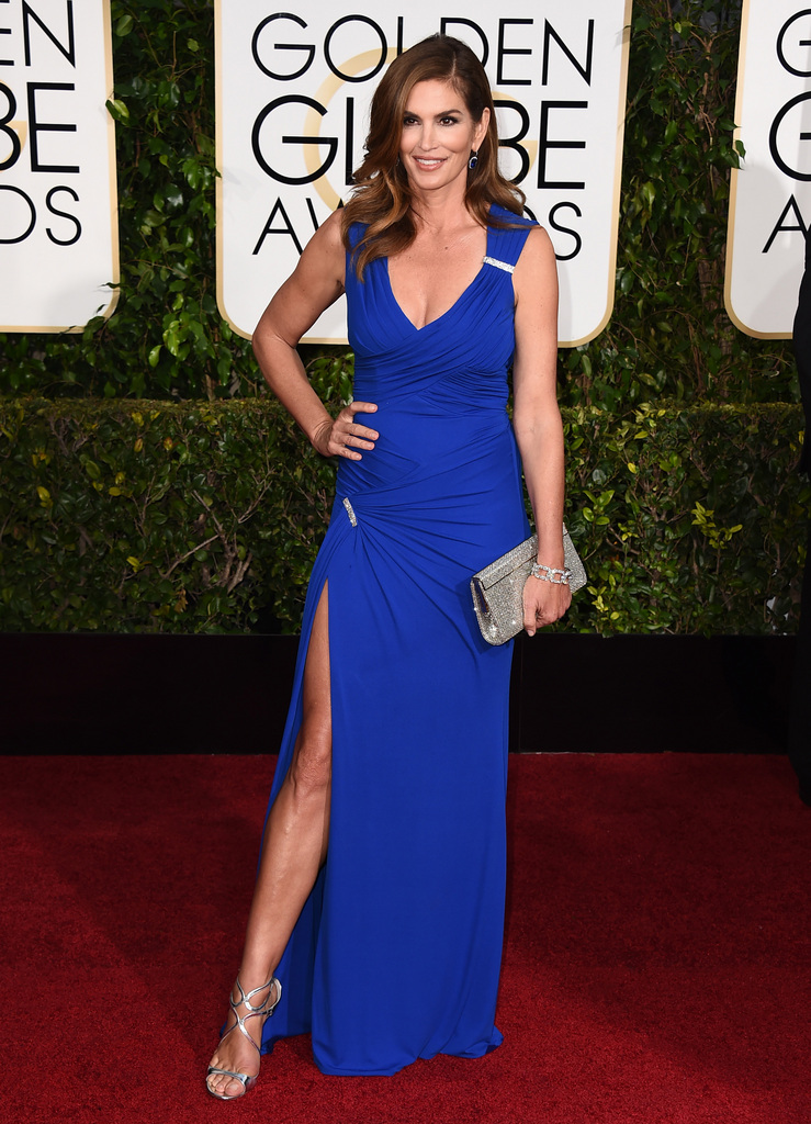 Cindy Crawford arrives at the 72nd annual Golden Globe Awards at the Beverly Hilton Hotel on Sunday, Jan. 11, 2015, in Beverly Hills, Calif. (Photo by Jordan Strauss/Invision/AP)