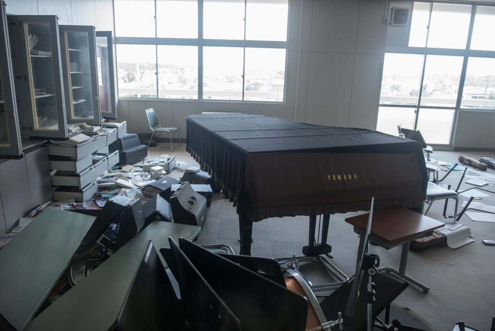 EXCLUSIVE IMAGES. PLEASE TRY FOR THE HIGHEST POSSIBLE FEES. MANDATORY CREDIT: Arkadiusz Podniesinski/REX Shutterstock Mandatory Credit: Photo by Arkadiusz Podniesinski/REX Shutterstock (5224634df) A piano and musical instruments on the floor after residents were evacuated following the Fukushima nuclear disaster Fukushima, Japan - Sep 2015 FULL COPY: http://www.rexfeatures.com/nanolink/r7ku MINIMUM USE FEE A photographer has taken stunning and revealing pictures of the exclusion zone from the 2011 Fukushima Nuclear Disaster. Within a 20km radius the radioactive exclusion zone demonstrates the dangerous nature of nuclear energy. A network of abandoned towns and villages that once housed hundreds of thousands of people, the exclusion zone of the largest nuclear accident since Chernobyl is eerie and frightening. (FOTO:DUKAS/REX)