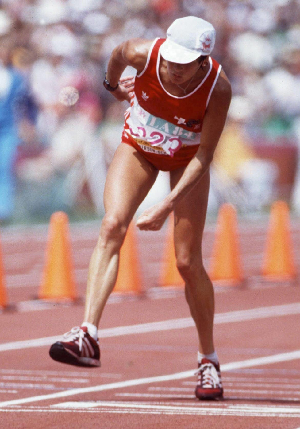 LOS ANGELES, UNITED STATES - AUGUST 20: LOS ANGELES 1984; MARATHON: Gaby ANDERSEN - SCHIESS/SUI (Photo by Bongarts/Getty Images)