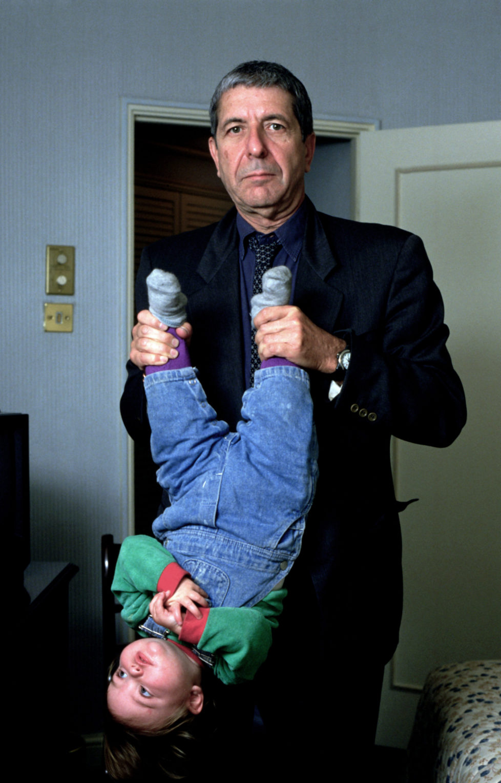 Portrait of Leonard Cohen photographed in the mid 1990's.; (Photo by JA Barratt/Photoshot/Getty Images)